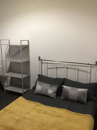 Room 3, Walsgrave Road, Stoke, Coventry CV2
