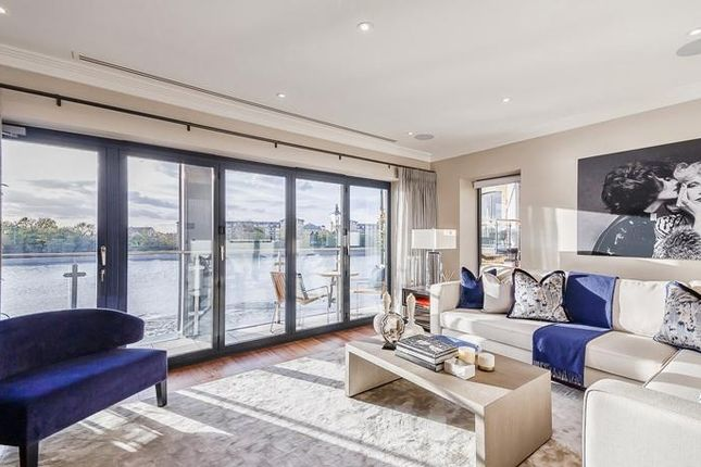 3 bed town house for sale in Rainville Rd, London W6