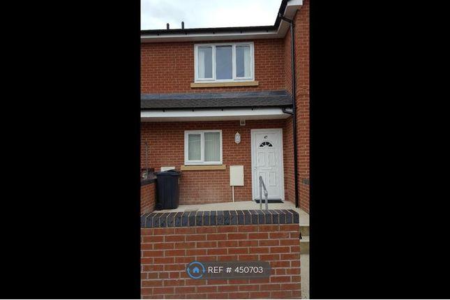 Thumbnail Terraced house to rent in Johnson Street, Wrexham