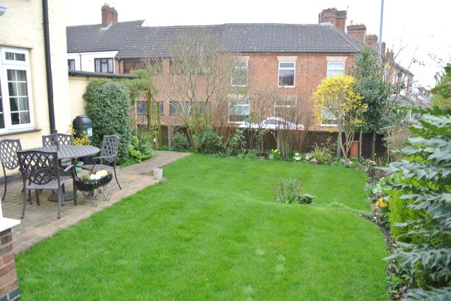 Thumbnail Detached house for sale in Peatling Road, Countesthorpe, Leicester