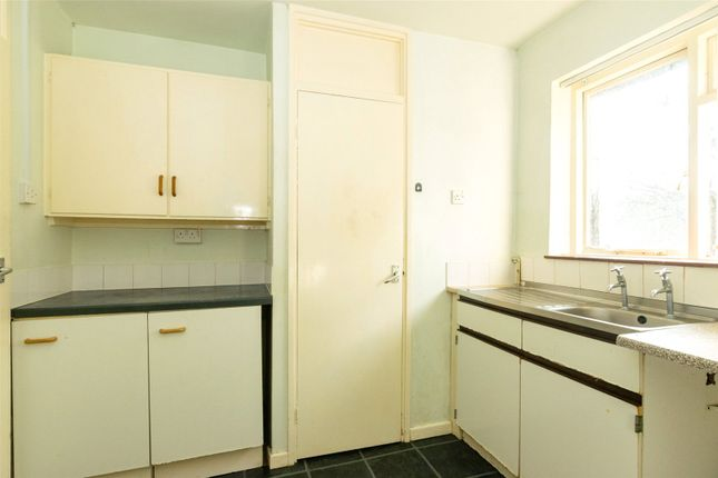 Kitchen of Lincombe Drive, Leeds LS8