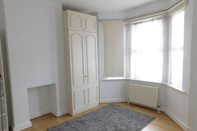 Thumbnail Terraced house to rent in Linkfield Road, Isleworth, Middlesex