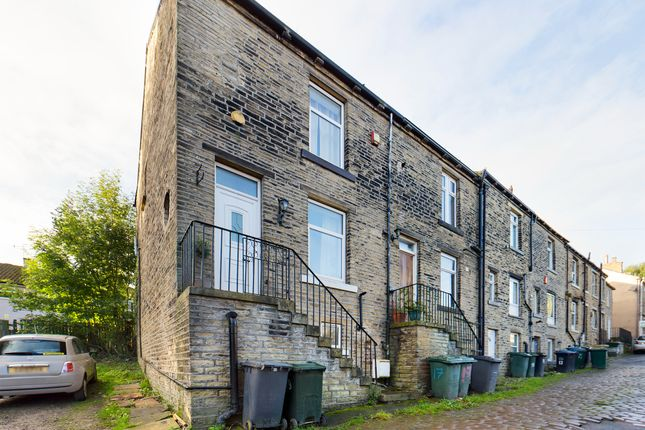 2 bed terraced house for sale in Albert Street, Idle, Bradford BD10