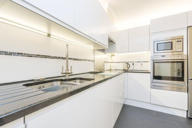 Thumbnail Detached house to rent in Herbal Hill, London
