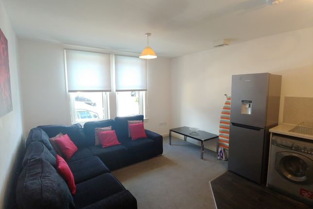 Thumbnail Flat to rent in Colquhoun Street, Stirling Town, Stirling
