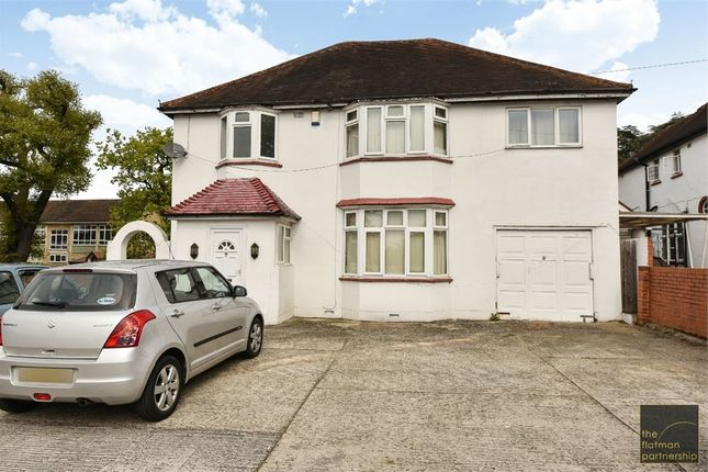 Thumbnail Detached house for sale in Langley Road, Langley, Berkshire