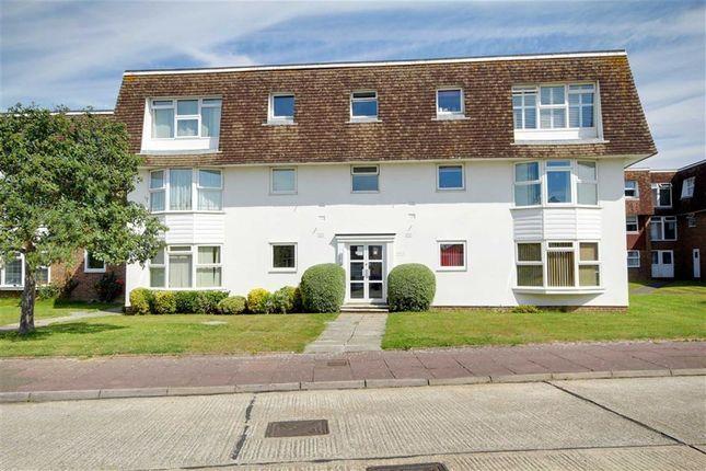 Flat for sale in Greystone Avenue, Worthing, West Sussex