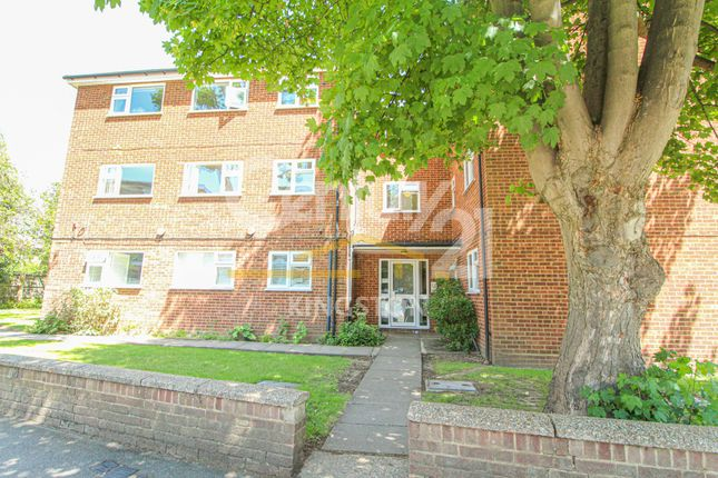 Thumbnail Flat to rent in Cavalier Court, 1 Berrylands, Surbiton, Surrey