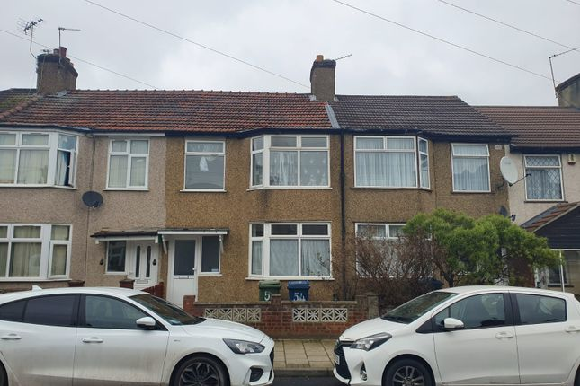 4 bed terraced house to rent in Grant Road, Harrow HA3