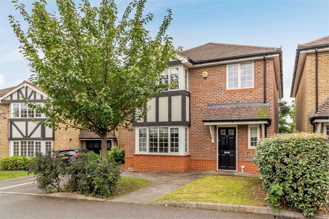 Thumbnail Detached house for sale in Daisy Close, London