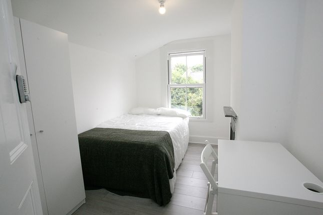 Thumbnail Terraced house to rent in Alberney Road, Mile End, London
