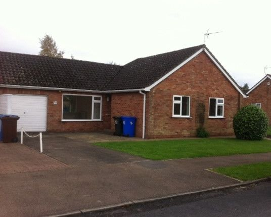Thumbnail Detached bungalow to rent in Linden Way, Boston