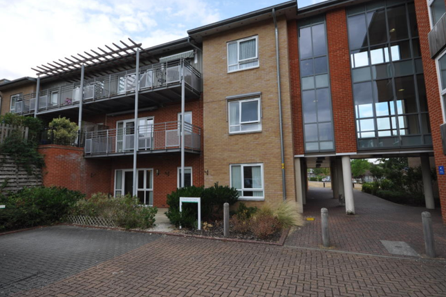 Thumbnail Flat to rent in Patrons Way West, Denham Garden Village, Uxbridge