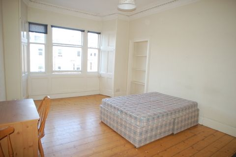 Thumbnail Flat to rent in Hillside Street, Edinburgh