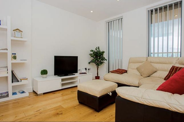 Thumbnail Flat to rent in Wilson Tower, Christian Street, London