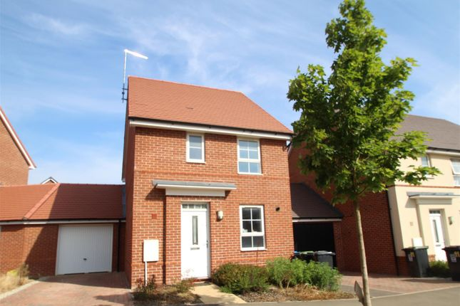 Thumbnail Detached house to rent in Admiral Avenue, Hemel Hempstead