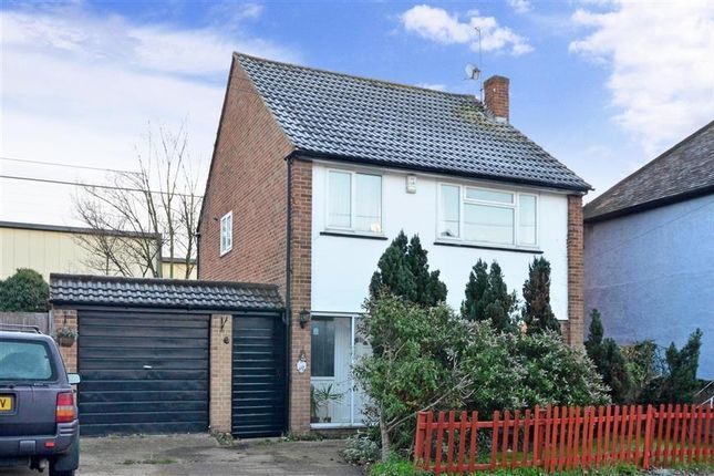 Thumbnail Detached house to rent in Vale Road, Sutton