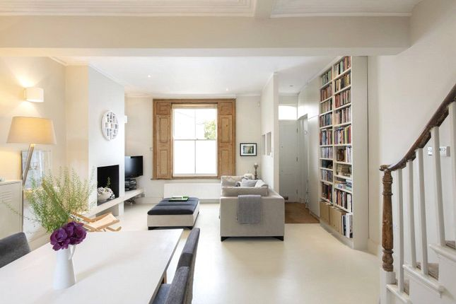 Thumbnail End terrace house for sale in Ravenscroft Street, London