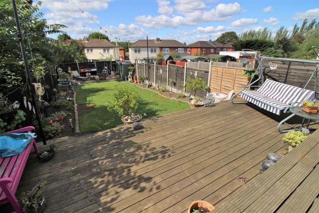 Thumbnail Semi-detached bungalow for sale in Mansfield Hill, Chingford