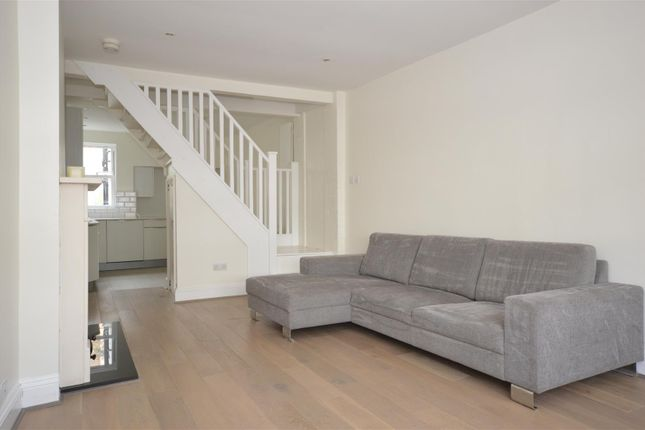 Thumbnail Detached house to rent in Sandycombe Road, Kew, Richmond