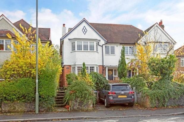 Thumbnail Property to rent in Ditton Lawn, Portsmouth Road, Thames Ditton