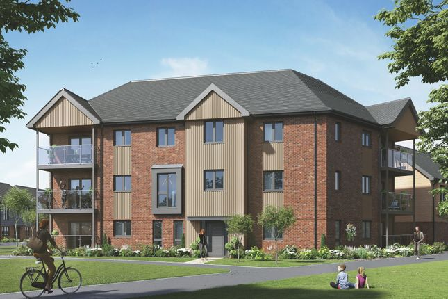 2 bed flat for sale in The Crewe, Crowthorne RG45