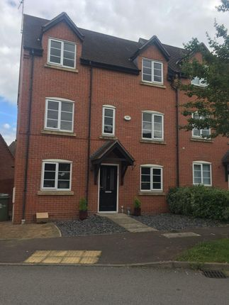Thumbnail Property to rent in Harefield, Grange Park, Northampton