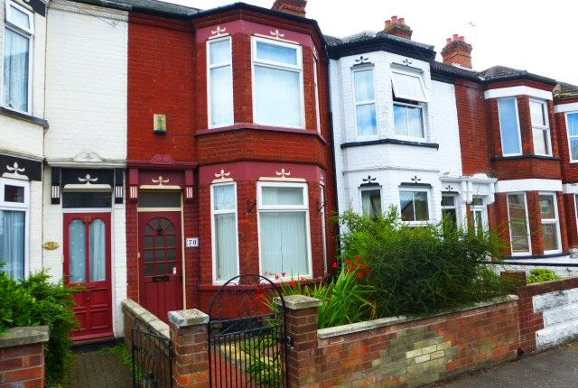 Thumbnail Terraced house to rent in Hamilton Road, Great Yarmouth