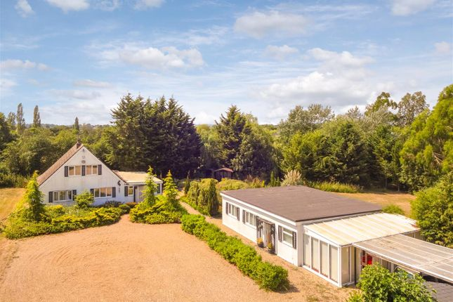 Thumbnail Detached house for sale in Highlands Hill, Mayland, Chelmsford