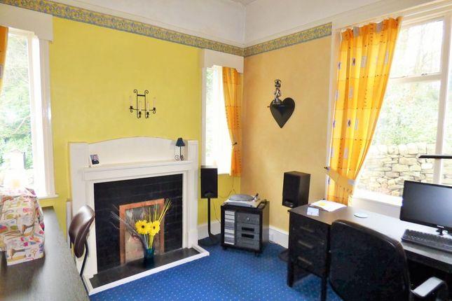 Thumbnail Property for sale in Temple Rhydding, Baildon, Shipley