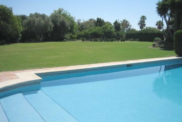 Pool And Garden of Spain, Cádiz, San Roque, Sotogrande