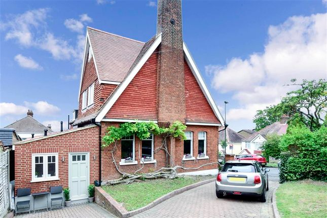 Thumbnail Detached house for sale in Meadow Road, Sutton, Surrey