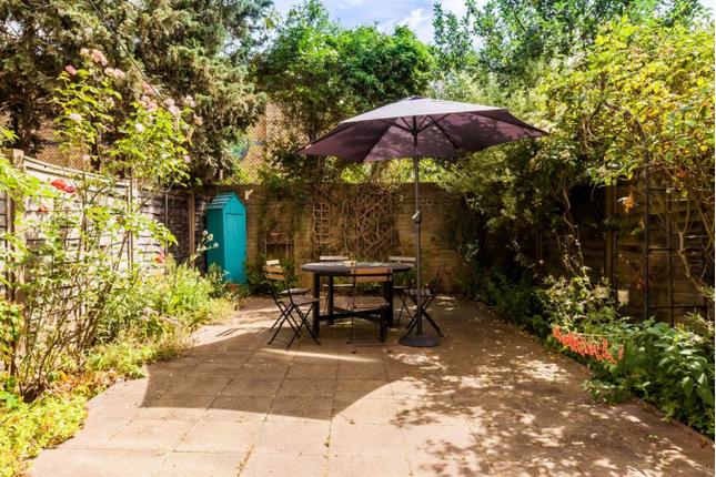 Thumbnail Maisonette to rent in Kirton Gardens, London