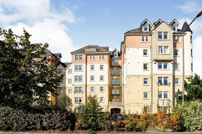 Thumbnail Flat for sale in Eagles View, Livingston, West Lothian