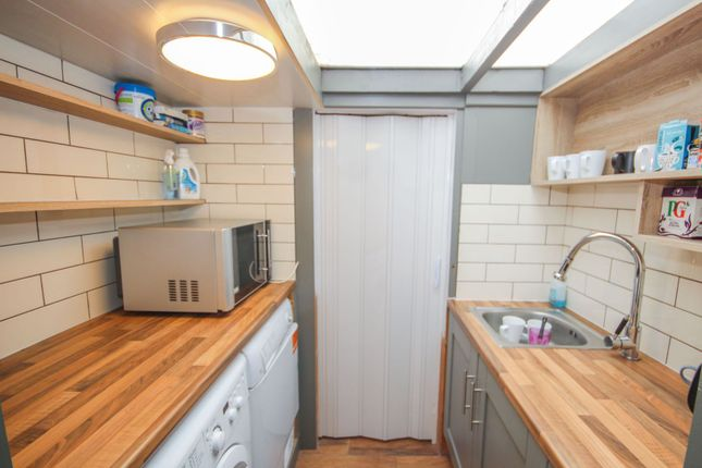 Utility Room of The Grove, Southend On Sea SS2