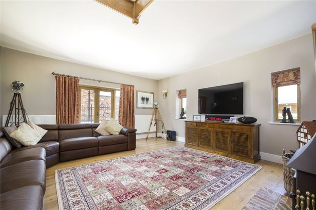 Sitting Room of Paddle Brook Barns, Moreton-In-Marsh, Gloucestershire GL56