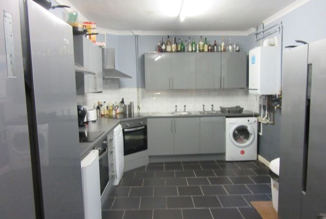 Thumbnail Terraced house to rent in Mansel Street, Swansea