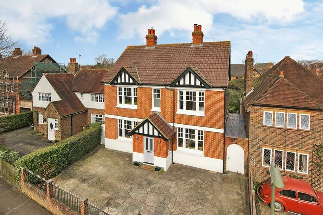 Thumbnail Detached house for sale in Ringley Avenue, Horley, Surrey