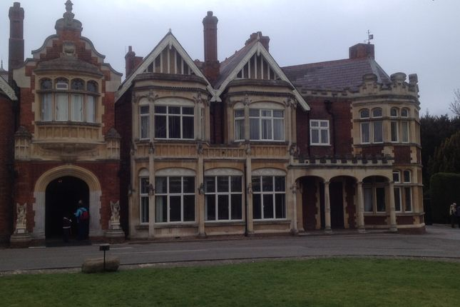 Thumbnail Office to let in Sherwood Drive, Bletchley