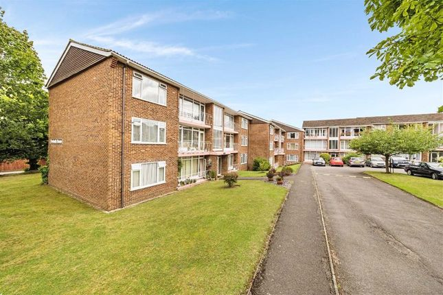 Thumbnail Flat for sale in Grange Road, Sutton