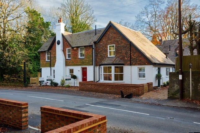Thumbnail Mews house for sale in Best Beech Hill, Wadhurst