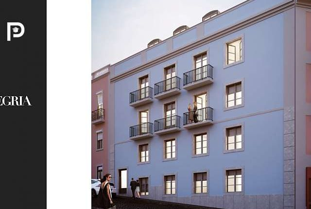 Thumbnail Commercial property for sale in Lisbon, Lisbon, Portugal
