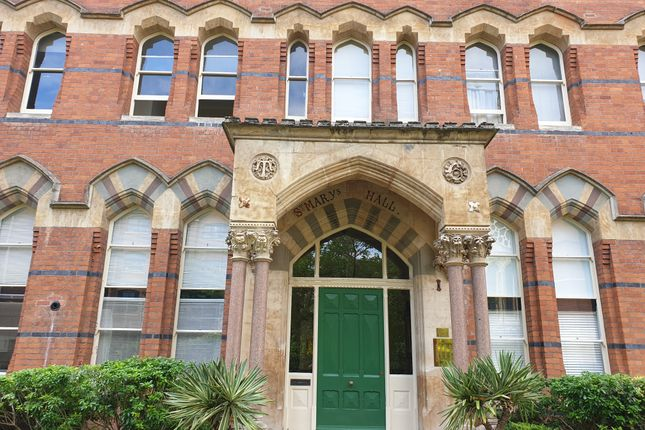 Thumbnail Flat to rent in St. Georges Place, Cheltenham