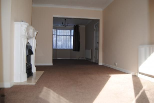 Thumbnail Terraced house to rent in Cranford Road, Dartford, Kent