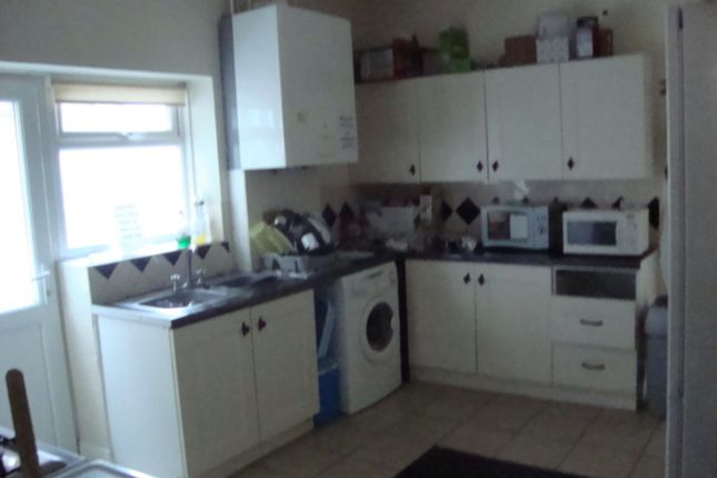 Thumbnail Terraced House To Rent In Waverley Road Southsea