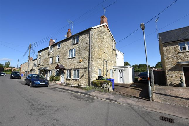 Thumbnail End terrace house to rent in Old Town, Brackley