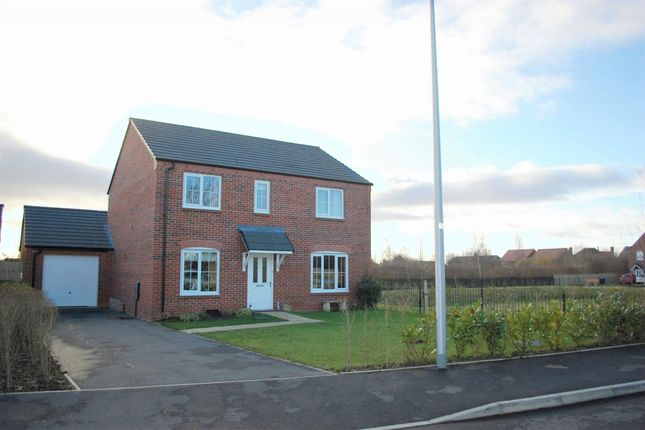 Thumbnail Detached house for sale in Russet Way, Bidford On Avon