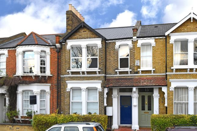 2 bed flat for sale in Athenlay Road, London