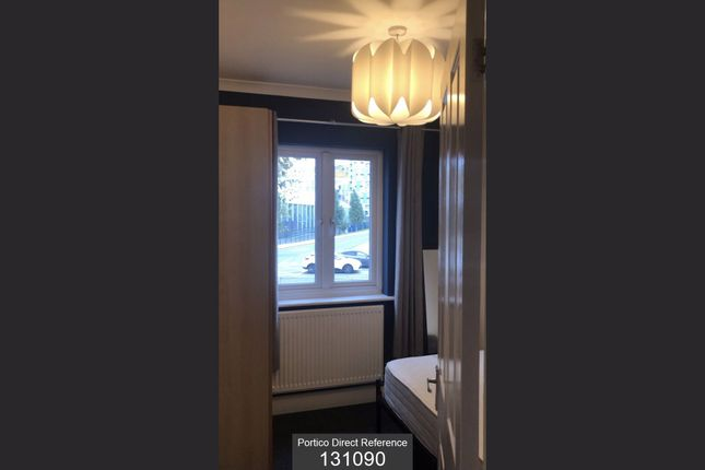 Room to rent in Tunnel Avenue, Greenwich, London SE10