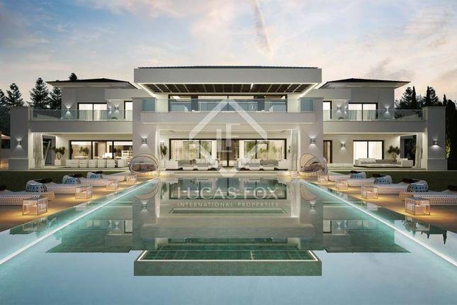 Thumbnail Villa for sale in Spain, Andalucía, Costa Del Sol, Sotogrande, Lfcds604